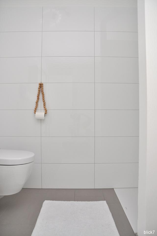 DIY-Toilettenpapierhalter mit Holzkugeln | blick7