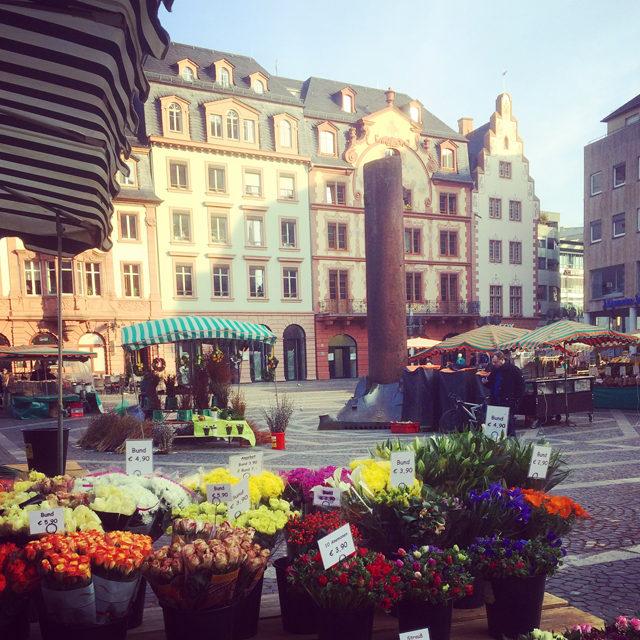 Mainz_Wochenmarkt und Markthäuser